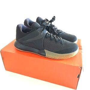 Nike Zoom Live Cross-training Sneaker (NEW)